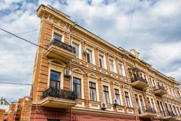 Flat House in Odessa