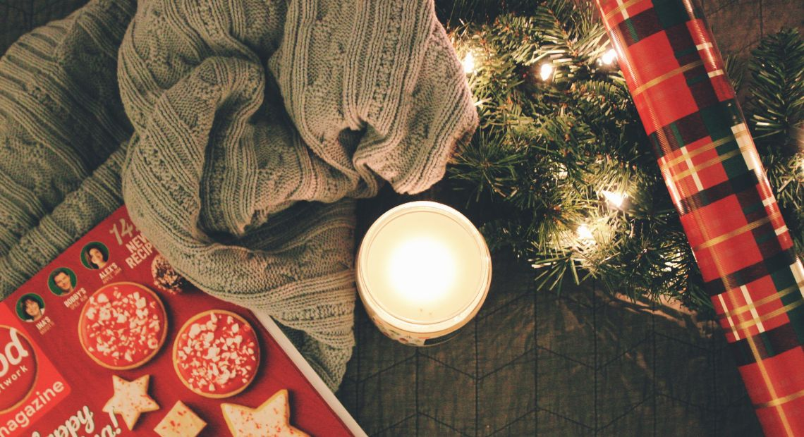 Cozy winter holiday decor