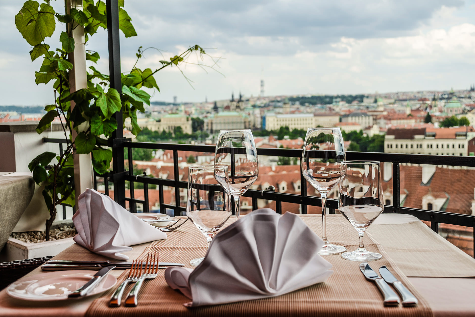 Lviv Restaurants and Bars 2017 with Best City Views