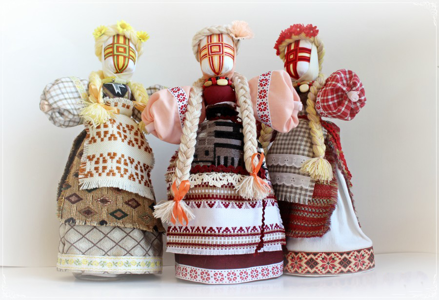 Motanka Dolls by Lika Tar