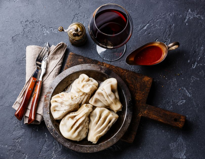 khinkali, sauce and wine