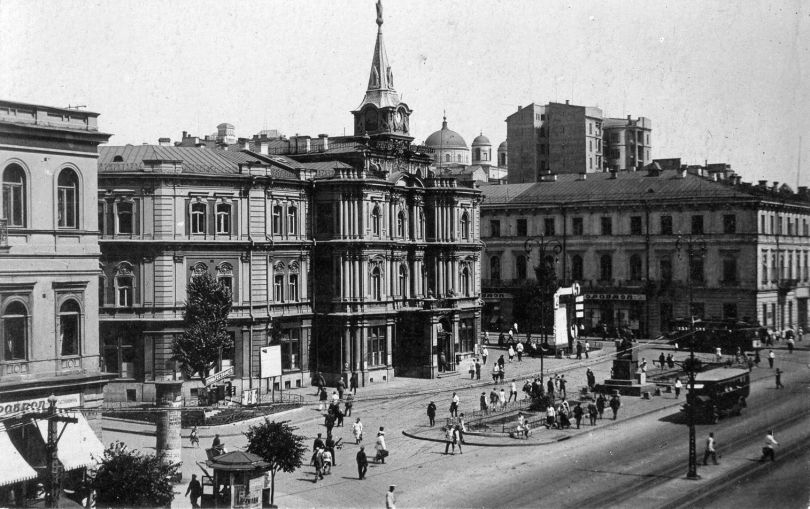 Khreshchatyk Street in the early 20th century