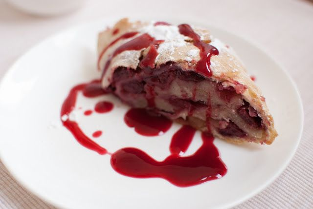 Strudel with cherries